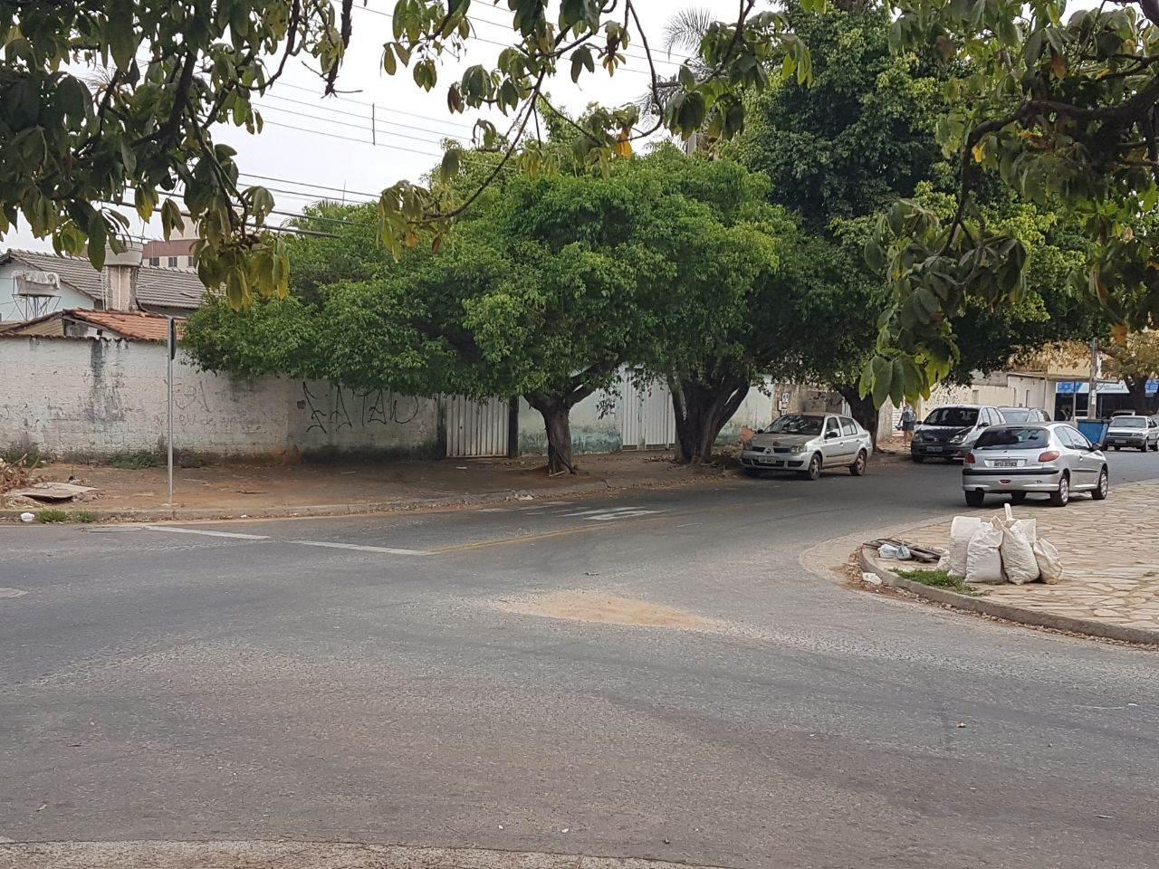 Esquina entre as ruas C-208 e C-210, no Jardim América | Foto: Folha Z