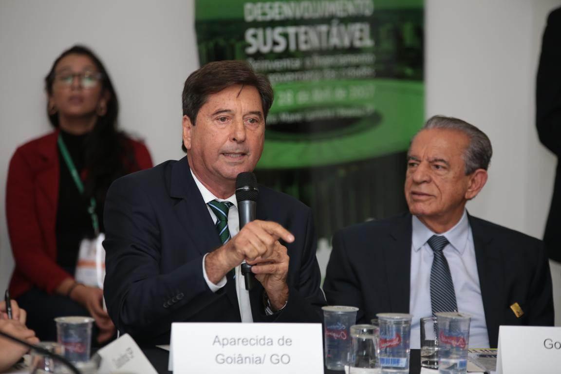Ex-prefeito de Aparecida de Goiânia Maguito Vilelae prefeito de Goiânia Iris Rezende | Foto: Reprodução