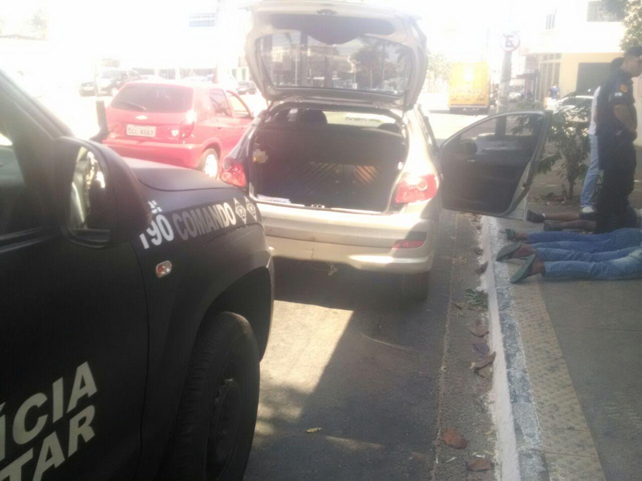 Quadrilha foi identificada pela Rotam durante patrulha no Jardim América | Foto: Divulgação/PM