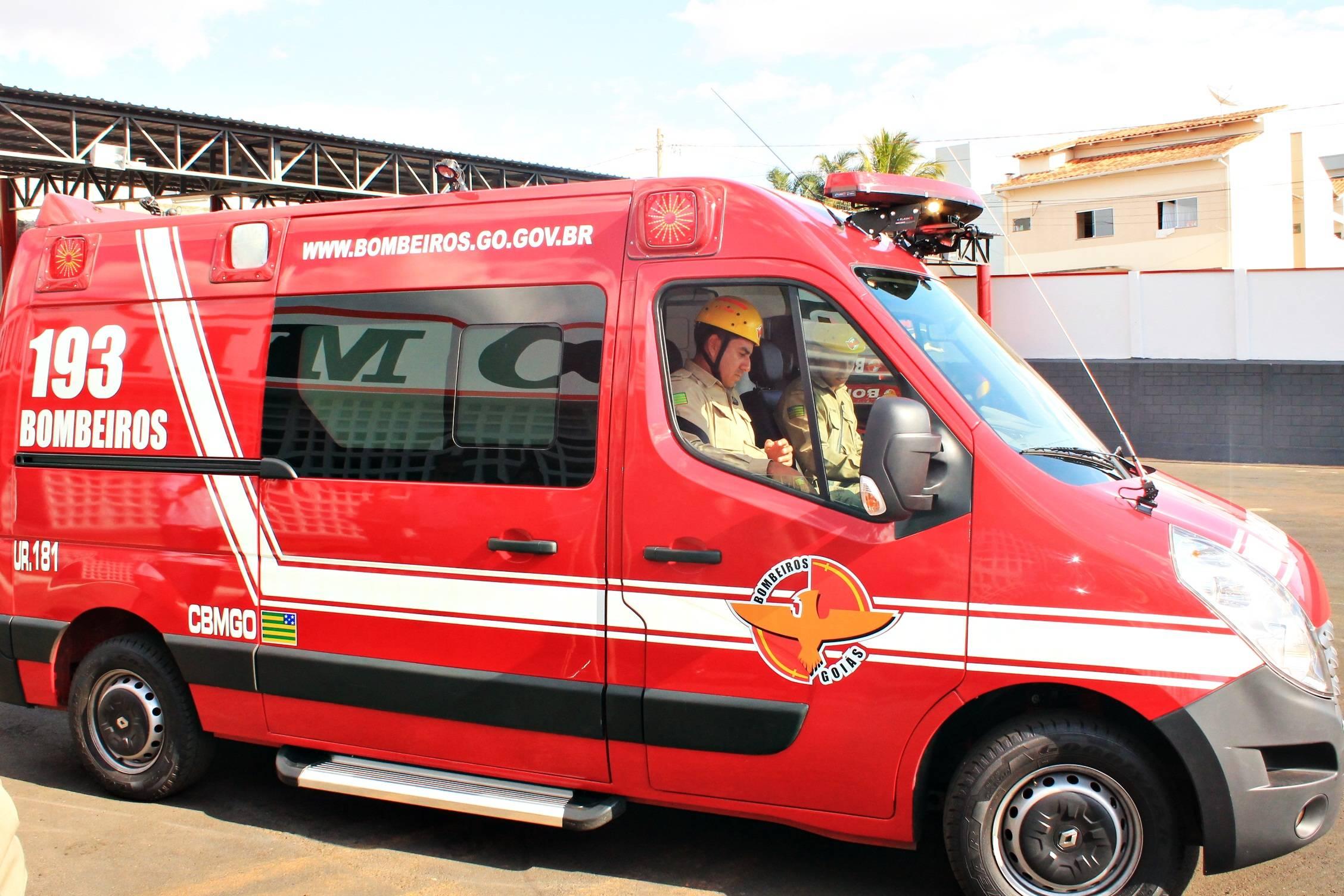 Corpo de Bombeiros foi acionado para atender vítimas de capotamento em Caldas Novas | Foto: Divulgação