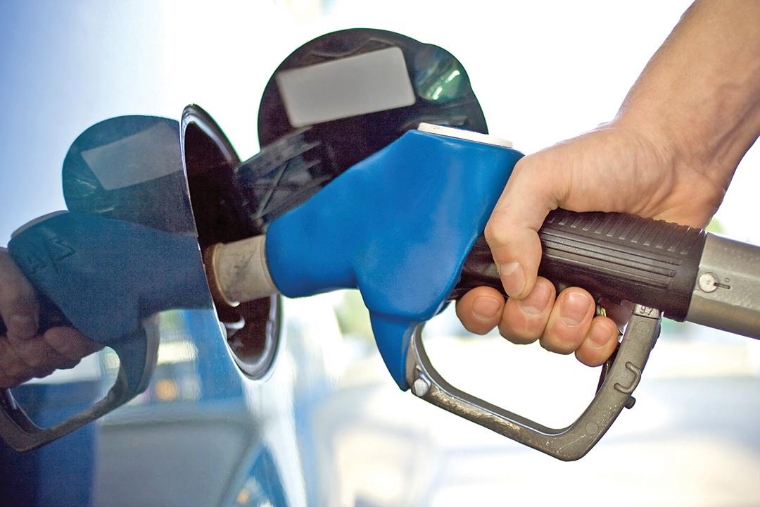 Abastecimento além da trava automática representa perigo | Foto: Reprodução