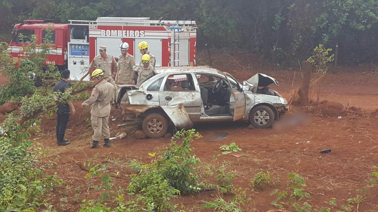 Acidente no trecho da GO-309 entre Itumbiara e Cachoeira Dourada deixou dois mortos e três feridos | Foto: Leitor / WhatsApp