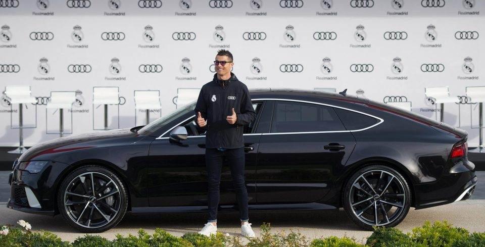 Audi RS7 foi presente da montadora ao craque Cristiano Ronaldo   Foto: Reprodução