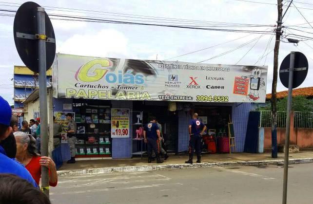Vítima armada reage a assalto e mata criminoso no Centro de Aparecida de Goiânia | Foto: Leitor/ WhatsApp