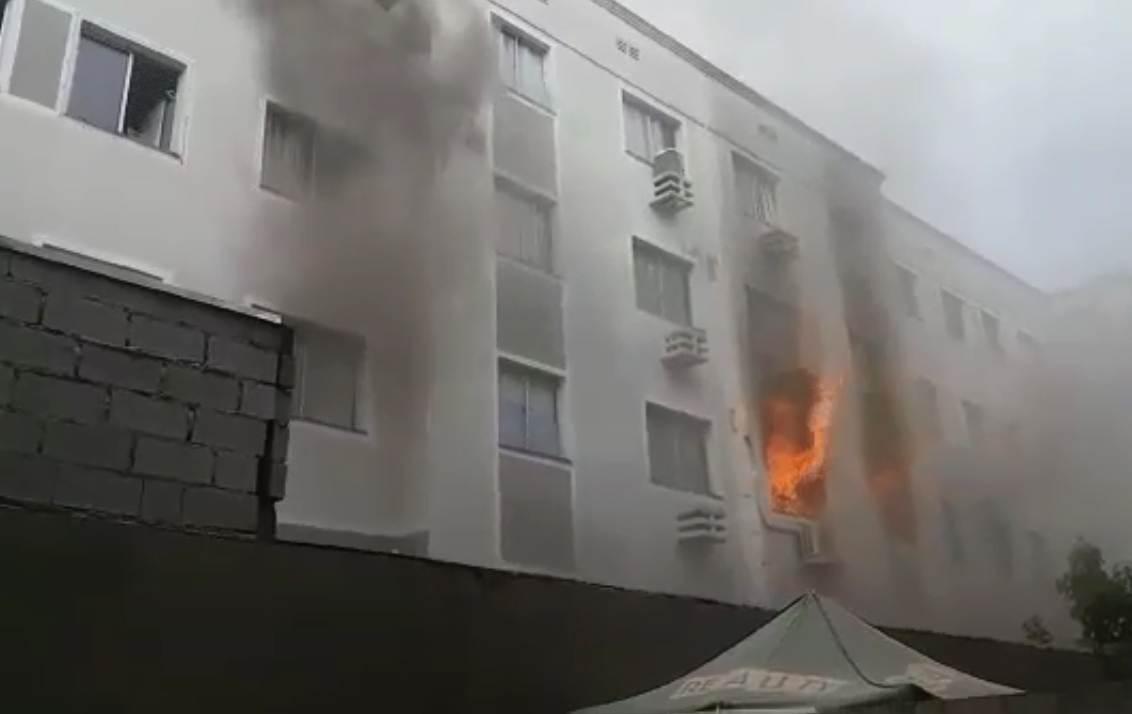 Segundo PM, incêndio em Aparecida teria sido intencional | Foto: Reprodução