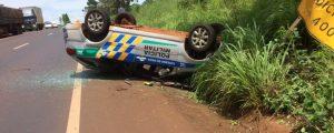 Viatura destruída. Condutor sofreu ferimentos leves   Foto: divulgação