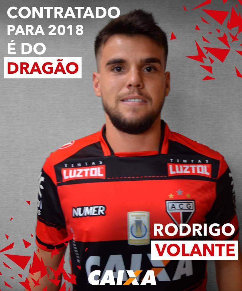 Volante Rodrigo é novo reforço do Atlético-GO | Foto: Reprodução / Facebook