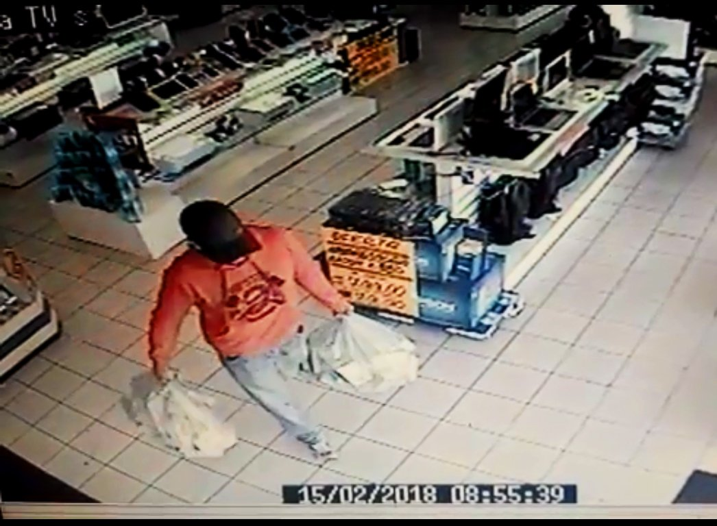 Criminosos levaram mais de 100 celulares do estabelecimento | Foto: Reprodução/Segurança