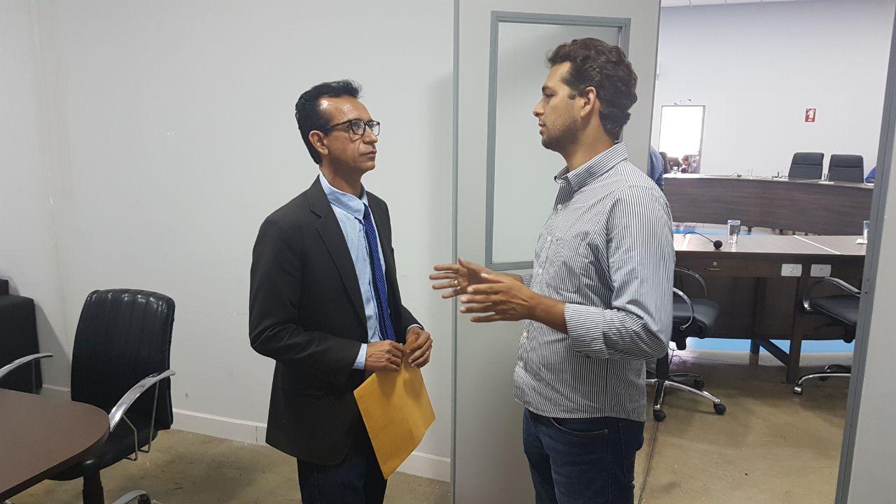 Vereador Ataídes Neguinho (PSDB) fala ao Blog do Coelho | Foto: Folha Z