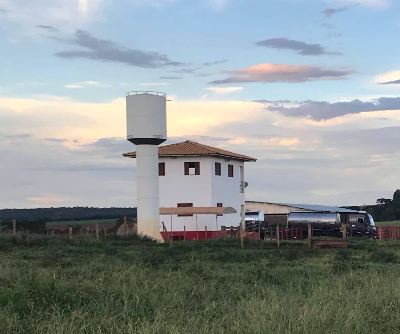 Propriedade de 130 ha em Leopoldo de Bulhões virou centro de conflito agrário na região e agora é vigiada por seguranças contratados pelos novos proprietários | Foto: Folha Z