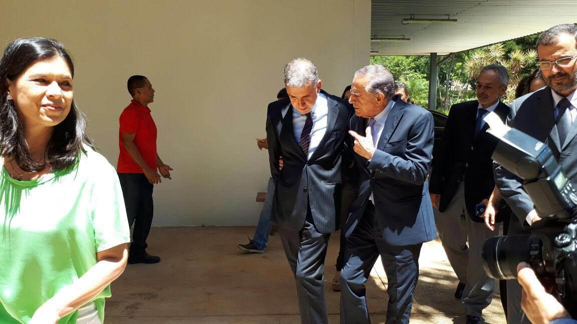 Presidente da Agência Brasil Central João Bosco Bittencourt e prefeito de Goiânia Iris Rezende   Foto: Divulgação/ ABC