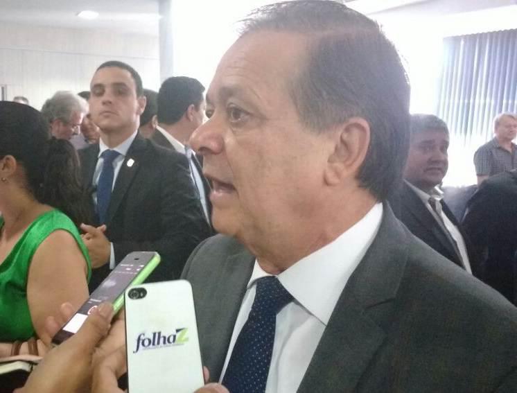 Deputado federal Jovair Arantes (PTB) afirma não conhecer lobistas citados pela Veja em denúncia | Foto: Folha Z