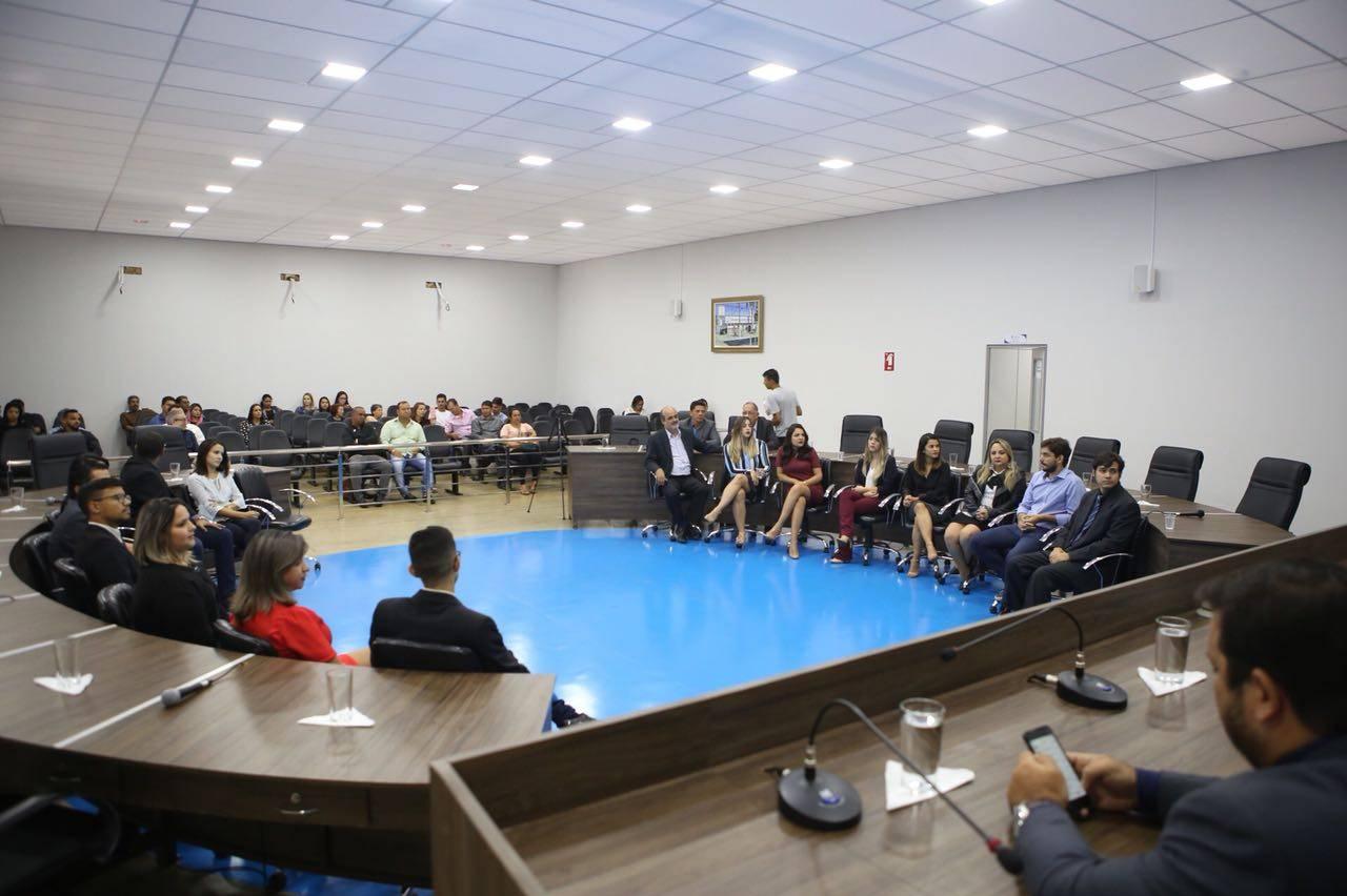 Em homenagem a jornalistas, Câmara de Aparecida escolhe funcionários da prefeitura   Foto: Marcelo Silva