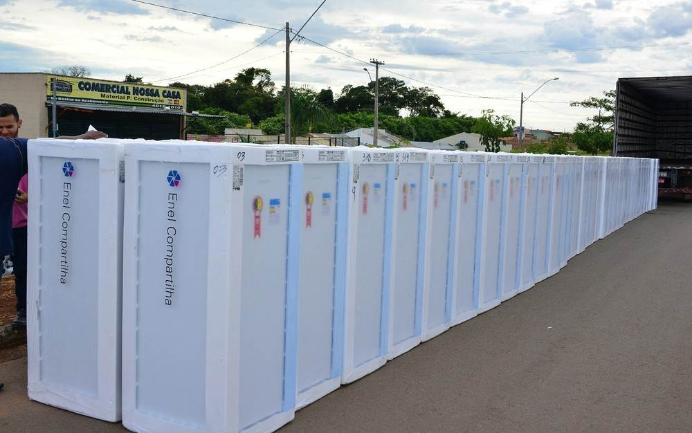 Enel, antiga Celg, sorteia geladeiras para moradores da Região Metropolitana de Goiânia, Goiás | Foto: Divulgação/ Enel