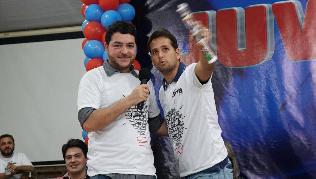Deputado estadual Henrique Arantes e presidente estadual da JPTB Guilherme Coelho   Foto: Folha Z