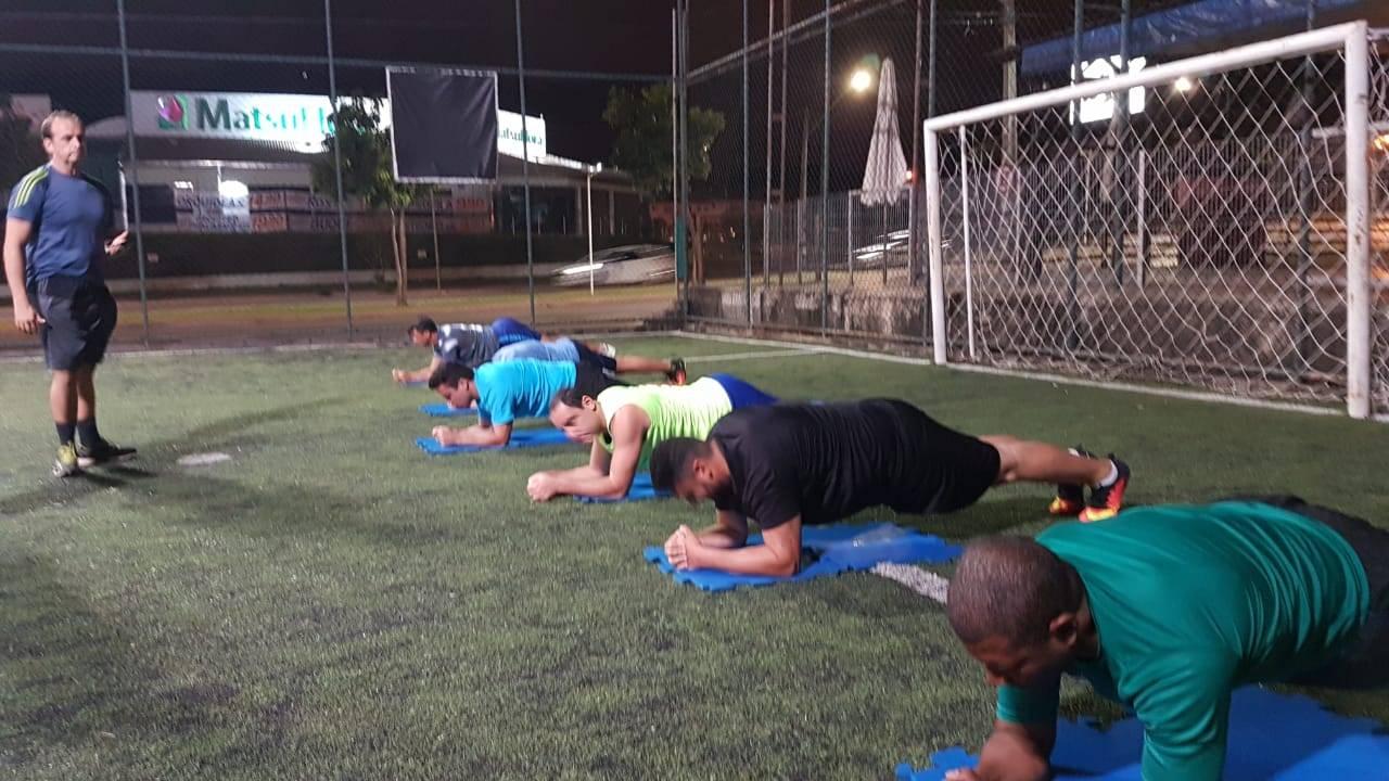 Gustavo Almeida comanda treino de futebol e funcional | Foto: Reprodução