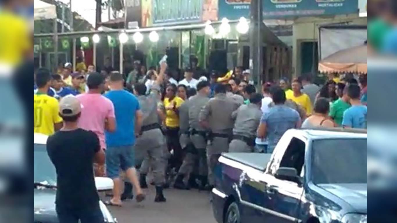Confusão por som alto termina com três detidos em Terezópolis   Foto: Reprodução