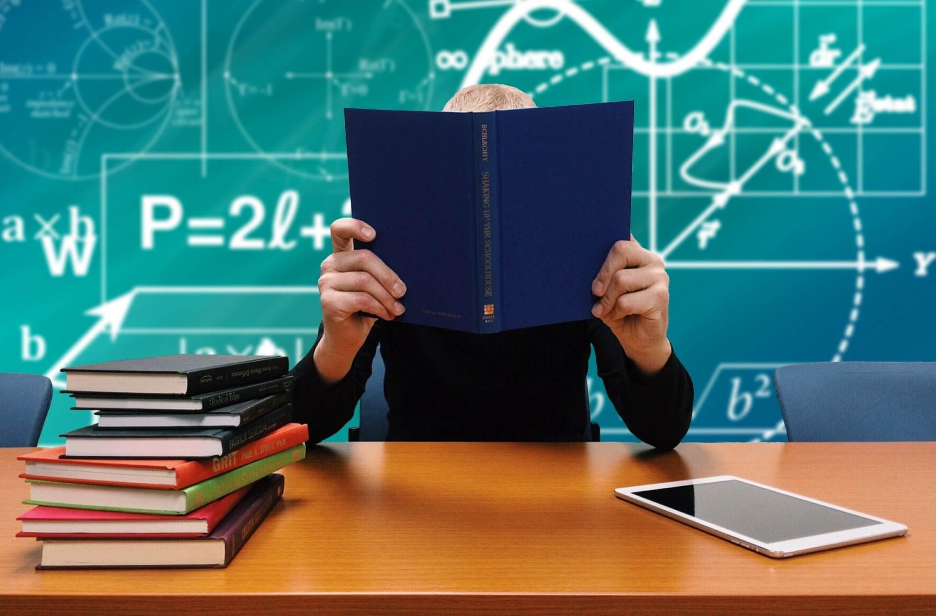 Quem não está muito afiado na Química, ainda pode correr atrás do prejuízo durante a faculdade | Foto: Pixabay