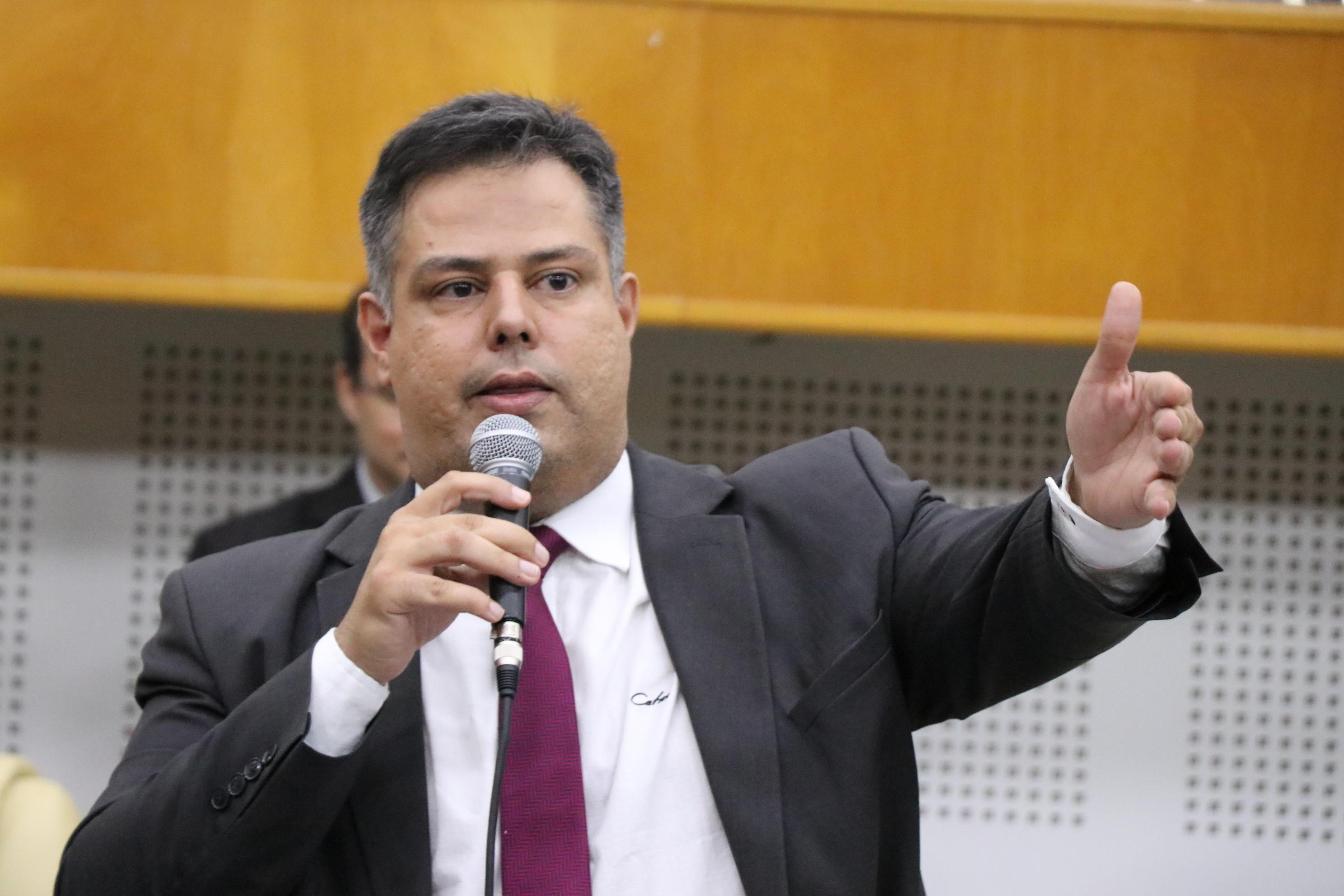 Delegado Eduardo Prado (PV)   Foto: Reprodução/ Câmara