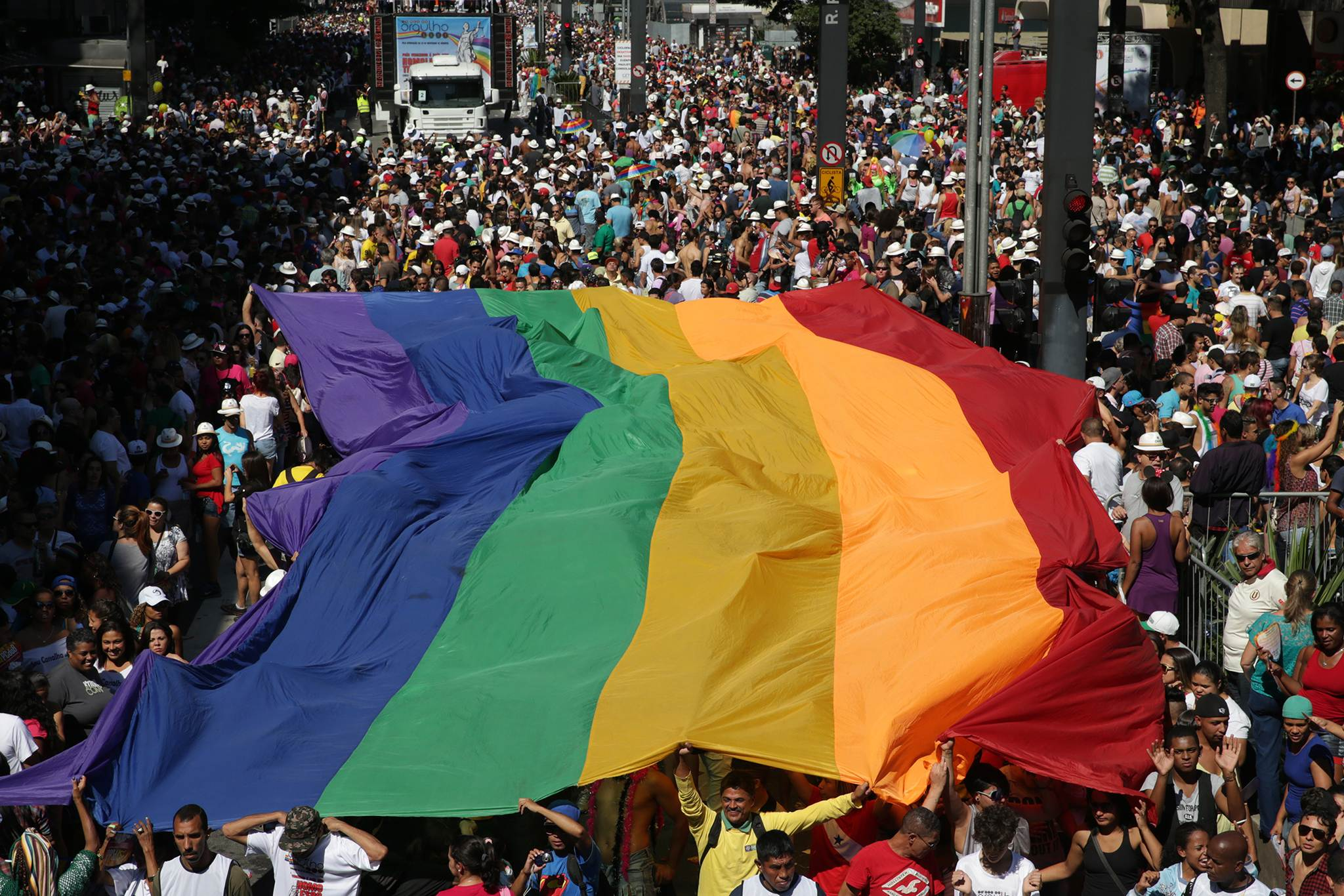 Parada do Orgulho LGBT 2018 em Goiânia prevê reunir até 100 mil participantes | Foto: Reprodução