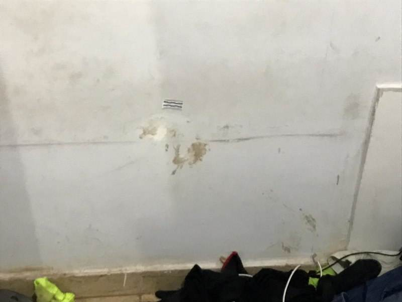 Marcas de sangue foram encontradas em 3 cômodos da casa do suspeito | Foto: Divulgação / PC