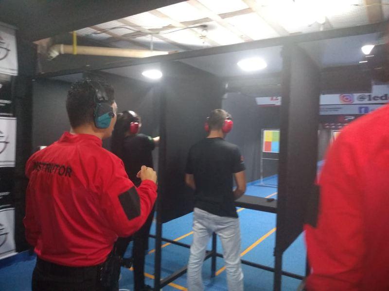 Alunos de Segurança Pública da Unifan fazem curso de tiro   Foto: Divulgação