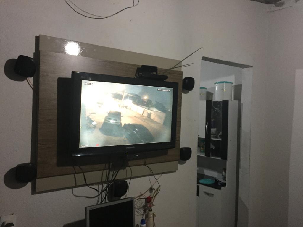 Traficante preso no Jd. das Esmeraldas tinha câmeras para vigiar a polícia | Foto: Divulgação / PC