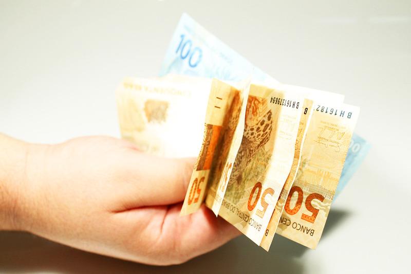 Dinheiro | Foto: Marcos Santos/USP Imagens