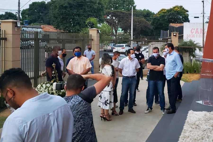 Missa marca reencontro de Veter e Gustavo após rompimento | Foto: Folha Z