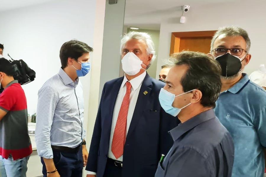 Ronaldo Caiado foi até o diretório estadual do MDB nesta 6ª (20) | Foto: Folha Z
